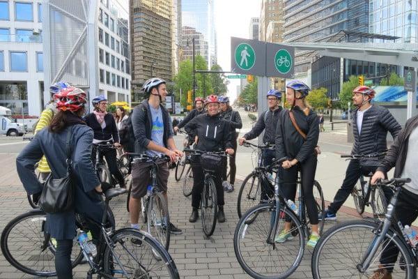 Kod besöker Vancouver och Chicago