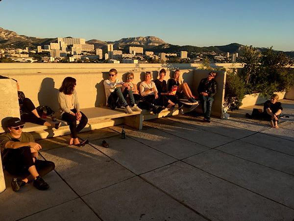 Solnedgång på taket till Cité Radieuse